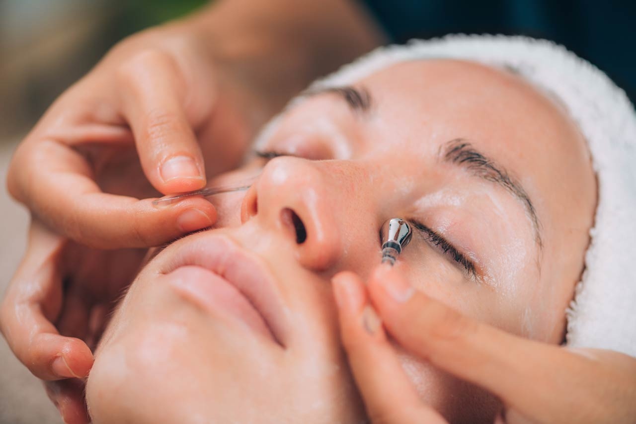 Skincare tips for under eye skin